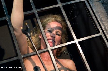 Photo number 9 from Caged MILF Suffers to Electrosex shot for Electro Sluts on Kink.com. Featuring Chanel Preston and Simone Sonay in hardcore BDSM & Fetish porn.