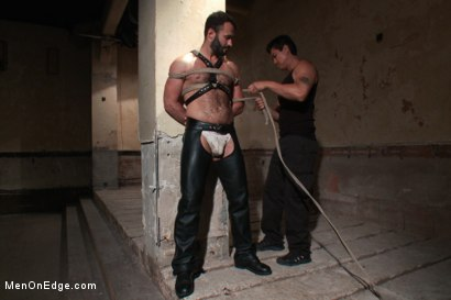 Photo number 2 from Wilfred Knight - Post Orgasm Torment in Mid Air shot for Men On Edge on Kink.com. Featuring Wilfried Knight in hardcore BDSM & Fetish porn.