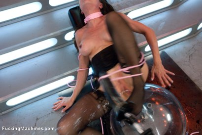 Photo number 14 from The Queen: Cytherea Meets the Machines with Her Pussy shot for Fucking Machines on Kink.com. Featuring Cytherea in hardcore BDSM & Fetish porn.