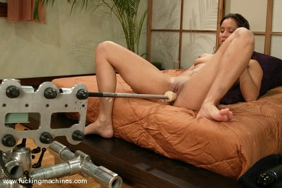Photo number 3 from Isis Love shot for Fucking Machines on Kink.com. Featuring Isis Love in hardcore BDSM & Fetish porn.