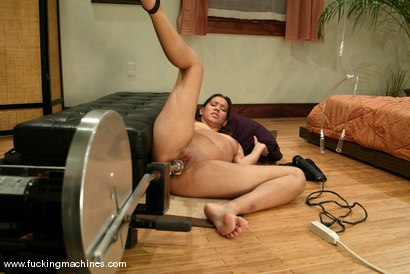 Photo number 7 from Isis Love shot for Fucking Machines on Kink.com. Featuring Isis Love in hardcore BDSM & Fetish porn.