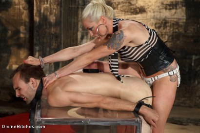 Photo number 6 from Your Pain Is My Pleasure shot for Divine Bitches on Kink.com. Featuring Blake and Lorelei Lee in hardcore BDSM & Fetish porn.