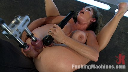 Her Pussy Introduces Her: Felony Back for More