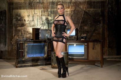 Photo number 1 from A Sadistic Goddess shot for Divine Bitches on Kink.com. Featuring Wolf Hudson and Aiden Starr in hardcore BDSM & Fetish porn.