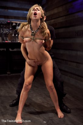 Photo number 4 from Training Chastity Lynn Day 5 shot for The Training Of O on Kink.com. Featuring Chastity Lynn and Maestro in hardcore BDSM & Fetish porn.