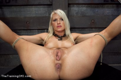 Photo number 6 from Opening up Anikka Albrite: Day Two shot for The Training Of O on Kink.com. Featuring Anikka Albrite and Aiden Starr in hardcore BDSM & Fetish porn.