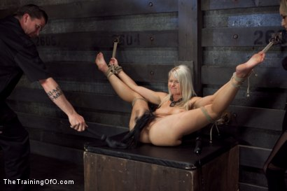 Photo number 10 from Opening up Anikka Albrite: Day Two shot for The Training Of O on Kink.com. Featuring Anikka Albrite and Aiden Starr in hardcore BDSM & Fetish porn.