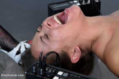 Photo number 7 from Little Slut Eats Squirt while having her Feet Shocked shot for Electro Sluts on Kink.com. Featuring Kristina Rose and Gia DiMarco in hardcore BDSM & Fetish porn.