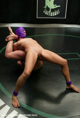 Photo number 8 from The Ninja (3-0) vs. The Vixen (0-1) shot for Ultimate Surrender on Kink.com. Featuring Crimson Ninja and Sophia in hardcore BDSM & Fetish porn.