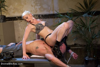 Photo number 14 from Your Cock Puts You At a Disadvantage In My Dungeon shot for Divine Bitches on Kink.com. Featuring Lorelei Lee and Chad Rock in hardcore BDSM & Fetish porn.