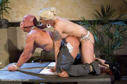 Photo number 8 from Your Cock Puts You At a Disadvantage In My Dungeon shot for Divine Bitches on Kink.com. Featuring Lorelei Lee and Chad Rock in hardcore BDSM & Fetish porn.