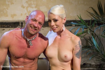 Photo number 9 from Your Cock Puts You At a Disadvantage In My Dungeon shot for Divine Bitches on Kink.com. Featuring Lorelei Lee and Chad Rock in hardcore BDSM & Fetish porn.