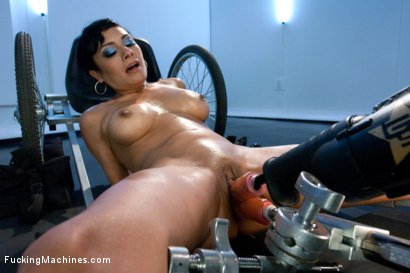 Photo number 13 from DOUBLE UPDATES: Loaded Gun Girl Fires off Some Machine Gun Orgasms! shot for Fucking Machines on Kink.com. Featuring Beretta James in hardcore BDSM & Fetish porn.