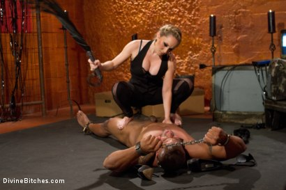 Photo number 2 from Not A Dry Cunt In The House: Episode 2 shot for Divine Bitches on Kink.com. Featuring Robert Axel and Aiden Starr in hardcore BDSM & Fetish porn.