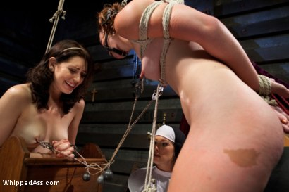 Photo number 7 from Sins Of The Flesh shot for Whipped Ass on Kink.com. Featuring Sarah Shevon, Jodi Taylor and Felony in hardcore BDSM & Fetish porn.