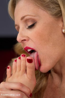 Photo number 15 from Forbidden Cougar Foot Fetish Featuring Julia Ann! shot for Foot Worship on Kink.com. Featuring Julia Ann and Logan Pierce in hardcore BDSM & Fetish porn.