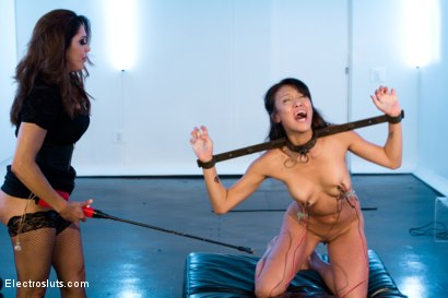 Photo number 2 from Sexy MILF dominates Cute All Natural Asian LIVE on Electrosluts! shot for Electro Sluts on Kink.com. Featuring Francesca Le  and Jayden Lee in hardcore BDSM & Fetish porn.