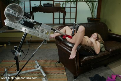 Photo number 11 from Isabella Soprano shot for Fucking Machines on Kink.com. Featuring Isabella Soprano in hardcore BDSM & Fetish porn.