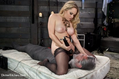 Photo number 12 from Objectified Meat For Goddess Aiden Starr shot for Divine Bitches on Kink.com. Featuring Aiden Starr and Mike de Marko in hardcore BDSM & Fetish porn.