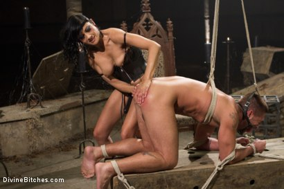 Photo number 3 from Divine Mummification Sex shot for Divine Bitches on Kink.com. Featuring Dominic Pacifico and Beretta James in hardcore BDSM & Fetish porn.
