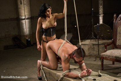 Photo number 4 from Divine Mummification Sex shot for Divine Bitches on Kink.com. Featuring Dominic Pacifico and Beretta James in hardcore BDSM & Fetish porn.