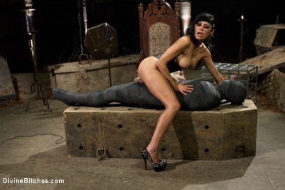 Photo number 8 from Divine Mummification Sex shot for Divine Bitches on Kink.com. Featuring Dominic Pacifico and Beretta James in hardcore BDSM & Fetish porn.