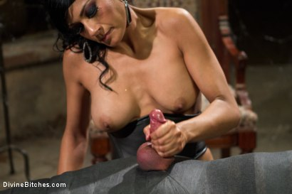 Photo number 14 from Divine Mummification Sex shot for Divine Bitches on Kink.com. Featuring Dominic Pacifico and Beretta James in hardcore BDSM & Fetish porn.