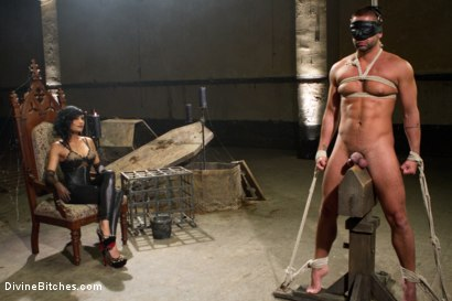 Photo number 15 from Divine Mummification Sex shot for Divine Bitches on Kink.com. Featuring Dominic Pacifico and Beretta James in hardcore BDSM & Fetish porn.
