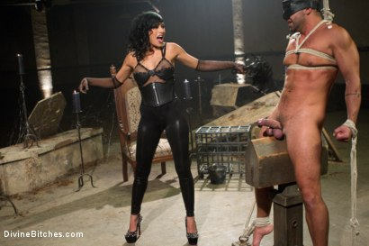 Photo number 2 from Divine Mummification Sex shot for Divine Bitches on Kink.com. Featuring Dominic Pacifico and Beretta James in hardcore BDSM & Fetish porn.