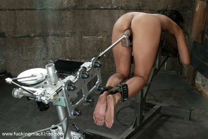 Photo number 5 from Finesse Navaro shot for Fucking Machines on Kink.com. Featuring Finesse Navaro in hardcore BDSM & Fetish porn.