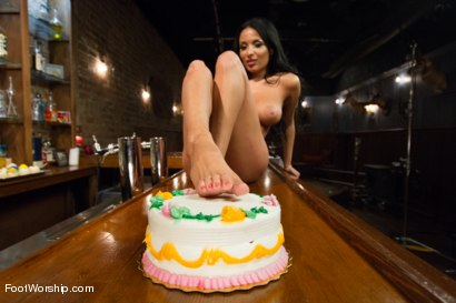 Photo number 1 from Pieds Du Jour shot for Foot Worship on Kink.com. Featuring Anissa Kate and Anthony Rosano in hardcore BDSM & Fetish porn.