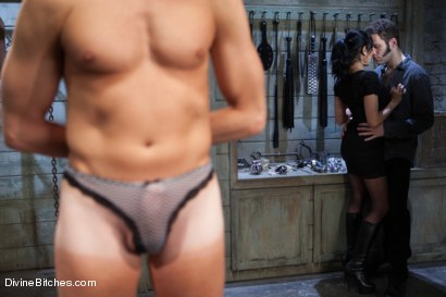 Photo number 2 from A Cuckold's Reality shot for Divine Bitches on Kink.com. Featuring Beretta James, Sean Spurt and Wolf Hudson in hardcore BDSM & Fetish porn.