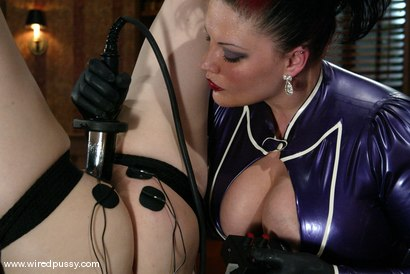 Photo number 13 from Dana DeArmond and Betka Schpitz shot for Wired Pussy on Kink.com. Featuring Betka Schpitz and Dana DeArmond in hardcore BDSM & Fetish porn.