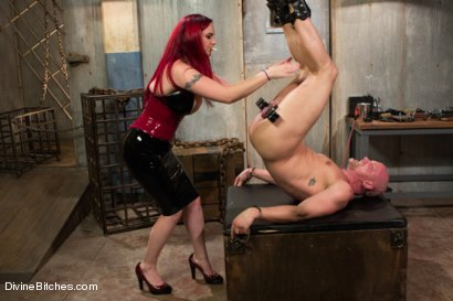 Photo number 1 from Welcome Mz Berlin to Divine Bitches! shot for Divine Bitches on Kink.com. Featuring Mz Berlin and Chad Rock in hardcore BDSM & Fetish porn.