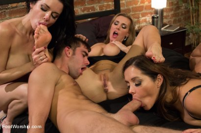 Photo number 8 from 3 Legendary MILF Superstars and the Pizza Boy! shot for Foot Worship on Kink.com. Featuring Francesca Le , Logan Pierce, Veronica Avluv and Tanya Tate in hardcore BDSM & Fetish porn.