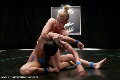 Photo number 3 from Xana (0-1) vs. Wenona (0-0) shot for Ultimate Surrender on Kink.com. Featuring Wenona and Xana Star in hardcore BDSM & Fetish porn.