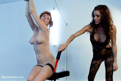 Photo number 12 from Audrey Hollander- anal queen and Electroslut extraordinair in her final explosive challenge shot for Electro Sluts on Kink.com. Featuring Gia DiMarco and Audrey Hollander in hardcore BDSM & Fetish porn.