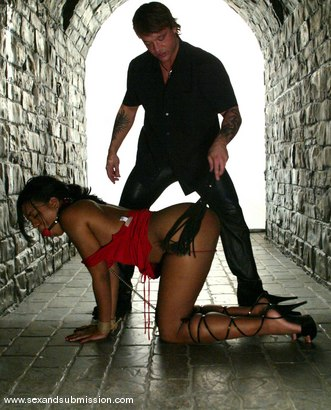 Photo number 5 from Kurt Lockwood and Sydnee Capri shot for Sex And Submission on Kink.com. Featuring Kurt Lockwood and Sydnee Capri in hardcore BDSM & Fetish porn.