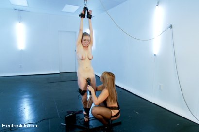 Photo number 4 from Penny Pax returns for more Electro pain and pleasure shot for Electro Sluts on Kink.com. Featuring Penny Pax and Lea Lexis in hardcore BDSM & Fetish porn.