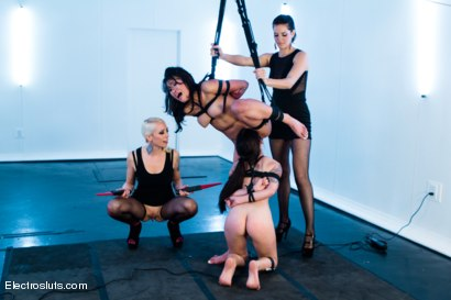 Photo number 6 from Sexy Asian Subs: One Fresh, the Other an Anal Slut! shot for Electro Sluts on Kink.com. Featuring Lorelei Lee, Jayden Lee, Kira Sinn and Bobbi Starr in hardcore BDSM & Fetish porn.