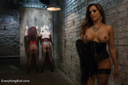 Photo number 6 from Big Ass Anal Sluts: Savannah and Alice shot for Everything Butt on Kink.com. Featuring Francesca Le , Savannah Fox and Alice Frost in hardcore BDSM & Fetish porn.