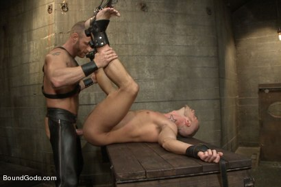 Photo number 13 from Jessie Colter welcomes Alan Ladd the new master of the house shot for Bound Gods on Kink.com. Featuring Alan Ladd and Jessie Colter in hardcore BDSM & Fetish porn.