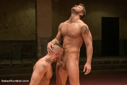 """Photo number 11 from Jessie """"Cut-Throat"""" Colter vs Jeremy """"Stonewall"""" Stevens  <br /> The Muscle Match! shot for Naked Kombat on Kink.com. Featuring Jeremy Stevens and Jessie Colter in hardcore BDSM & Fetish porn."""