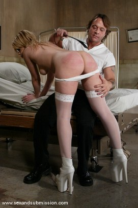Photo number 3 from Kurt Lockwood and Gia Paloma shot for Sex And Submission on Kink.com. Featuring Kurt Lockwood and Gia Paloma in hardcore BDSM & Fetish porn.
