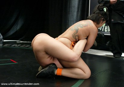 Photo number 3 from The Dragon (2-0) vs. The Samoan (0-1) shot for Ultimate Surrender on Kink.com. Featuring Mika Tan and DragonLily in hardcore BDSM & Fetish porn.