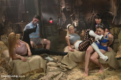 Photo number 2 from Faster, PUSSYFOOT! Kill! Kill! A FOOTSPLOITATION film! shot for Foot Worship on Kink.com. Featuring Lorelei Lee, Mahina Zaltana, Lea Lexis, Missy Minks and Lance Hart in hardcore BDSM & Fetish porn.