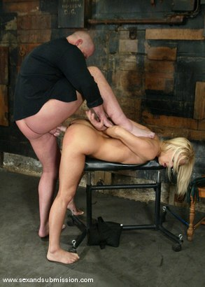 Photo number 8 from Mia Bangg and Mark Davis shot for Sex And Submission on Kink.com. Featuring Mia Bangg and Mark Davis in hardcore BDSM & Fetish porn.