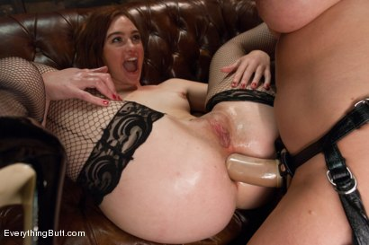 Photo number 8 from Anal Sluts: Jodi Taylor and Yasmine de Leon shot for Everything Butt on Kink.com. Featuring Kelly Divine, Yasmine de Leon and Jodi Taylor in hardcore BDSM & Fetish porn.