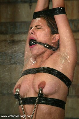 Photo number 6 from Victoria Sweet and Isis Love shot for Water Bondage on Kink.com. Featuring Victoria Sweet and Isis Love in hardcore BDSM & Fetish porn.