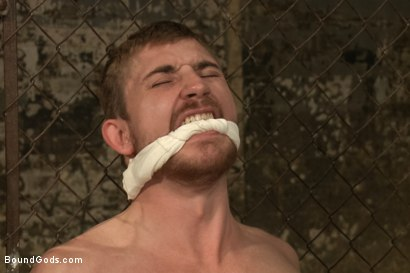 Photo number 3 from Officer Stevens and The Masked Burglar - Nowhere to Run shot for Bound Gods on Kink.com. Featuring Jeremy Stevens and Dayton O'Connor in hardcore BDSM & Fetish porn.